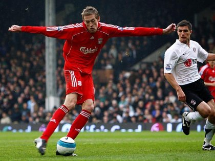 Peter_Crouch_Liverpool_Premier_League_Footbal_800795